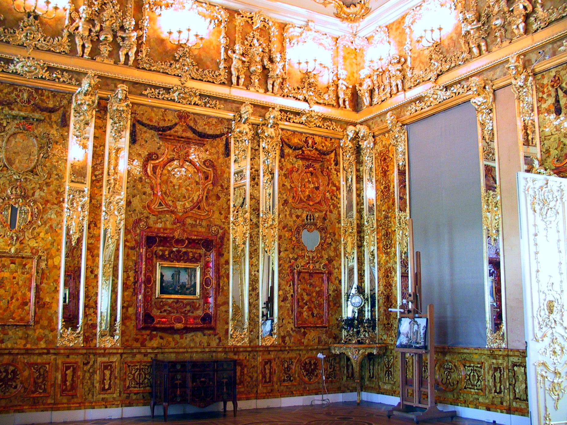 B5--05 Amber Roomof Catherine Palace, St. Petersburg, Russia-UP950146QJ