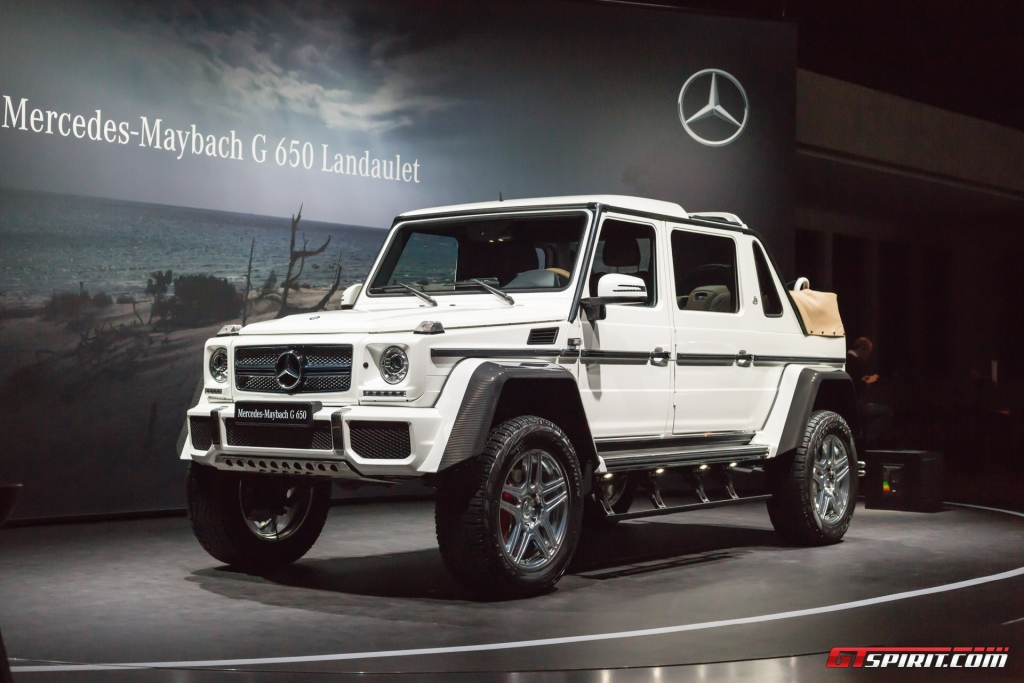 Mercedes-Benz-Maybach-G650-Landaulet-Geneva-2017-15-GZ421120DS