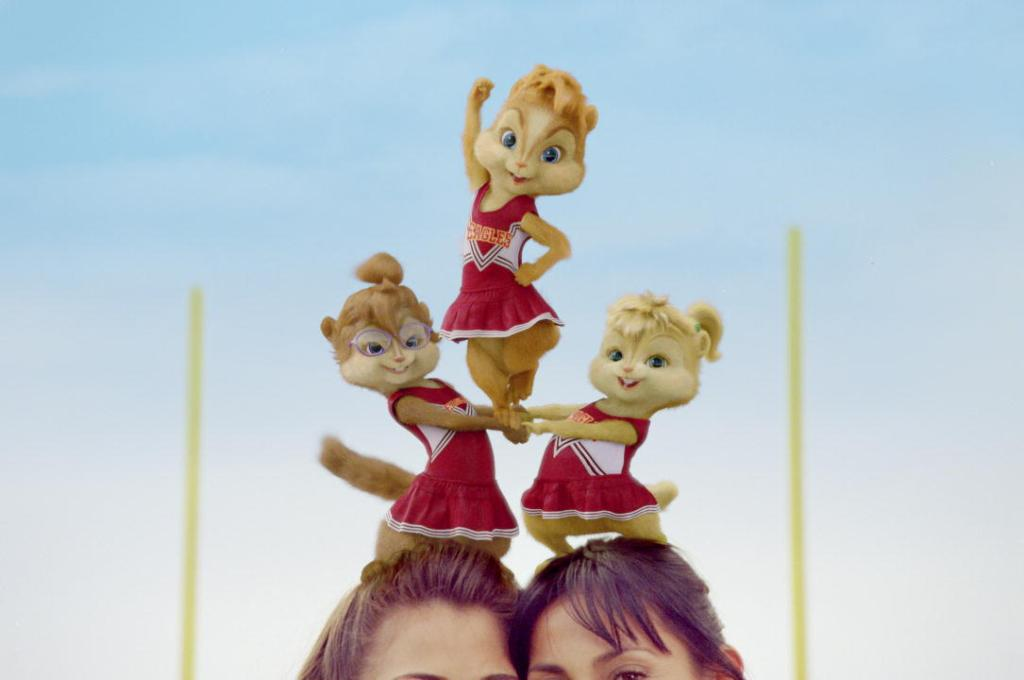 alvin-and-the-chipmunks-the-squeakquel-558033l-JF876142HR