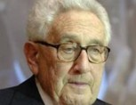 Henry Kissinger a implinit 90 de ani