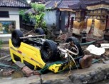 Tsunami in Indonezia - cel putin 168 de morti si peste 745 de raniti